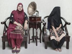 Closing the gap: Jannatul Mawa highlights class differences in Dhaka in a new photo series