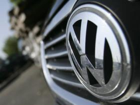 German carmakers to overhaul engine software to reduce pollution from diesel vehicles