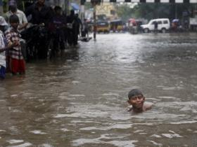 Tamil Nadu polls: Loss of loved ones and livelihood in floods breeds anger in Cuddalore