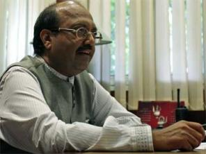 It's easier to meet Rahul Gandhi, but not Akhilesh Yadav: Amar Singh plays victim in Samajwadi Party saga