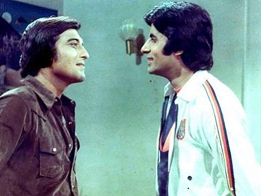 Amitabh Bachchan pays moving tribute to friend Vinod Khanna: Read it here