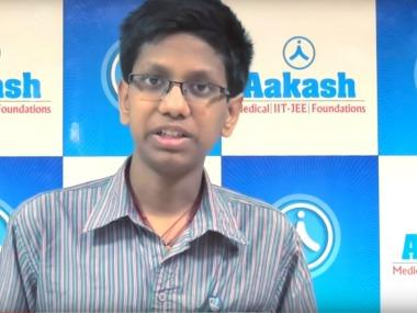 Samosa vendor's son secures 64th rank in JEE-Advanced course