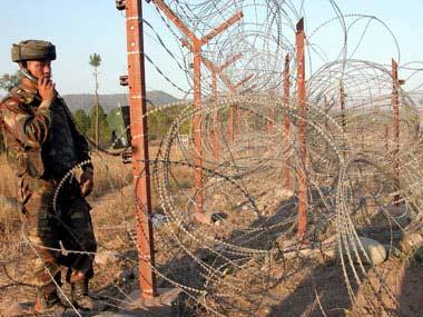 Pakistan violates ceasefire along LoC in Rajouri sector, injures an Indian Army jawan