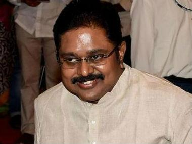 Tamil Nadu political drama continues as 19 pro-Dinakaran MLAs seek E Palaniswamy's removal as CM