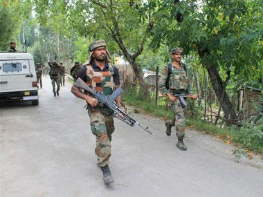 http://s1.firstpost.in/fpimages/380x285/fixed/jpg/2017/08/Kashmir-army-PTI1.jpg