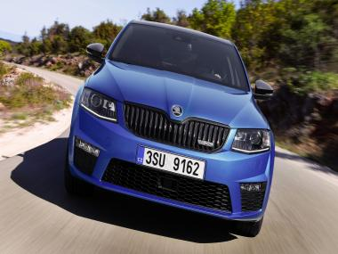 Skoda to bring Octavia RS to the Indian market; two engine variants on offer
