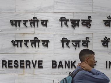 RBI to issue Rs 200 notes from tomorrow, says they will facilitate exchange for common man