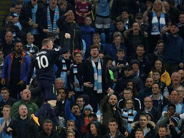 Premier League: Wayne Rooney scores 200th league goal as Everton hold Manchester City to draw