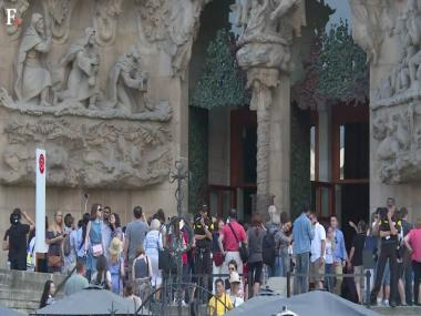 Fed up with mass tourism, Spain takes away the welcome mat