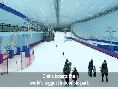 Watch: Chinese skiers cool off at world's largest indoor ski park