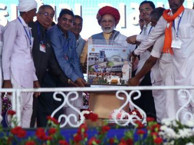 Narendra Modi in Gujarat: PM backs GST and note ban, slams Congress for thwarting state's development