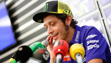 2015 <b>MotoGP</b>: Rossi hopes to be competitive at Valencia finale