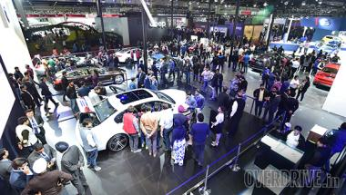 Image gallery: Four-wheeled showstoppers at the 2016 Auto Expo