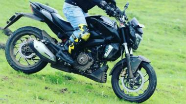 Spied: Bajaj VS400 caught testing in India