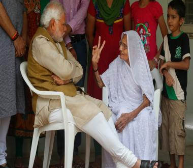 Photos: All set to be PM, Narendra Modi meets mother for blessings