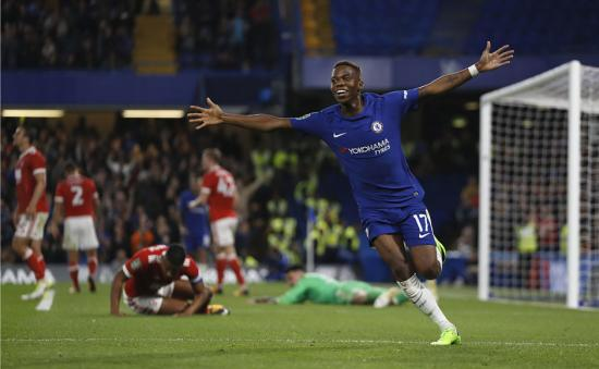 Chelsea, Manchester United ease into fourth round of League Cup; Liverpool knocked out by Leicester City