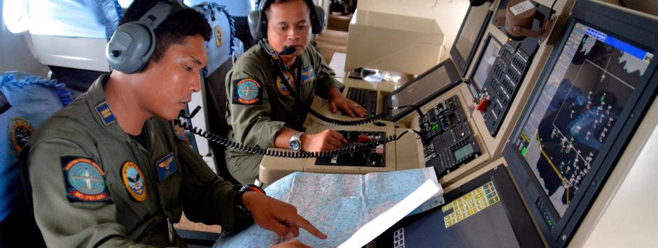 AirAsia live: QZ8501 at 'bottom of sea', Indonesia seeks help for search