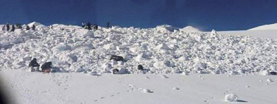 Siachen miracle: 6 days after avalanche, 1 Indian soldier rescued from under 25 ft of snow
