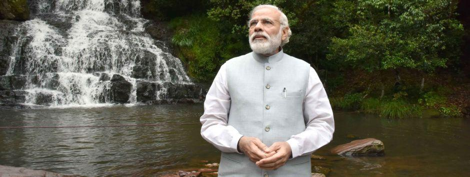 Narendra Modi manages to win over adversaries, despite punishing schedule