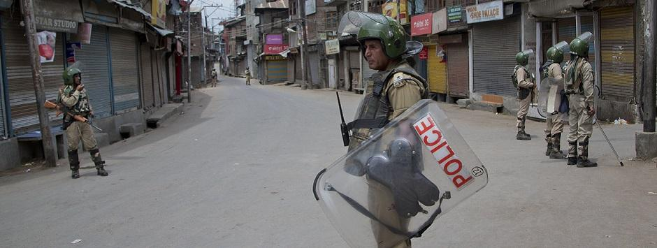 The mess in Kashmir: Is rant media creating justification for war?