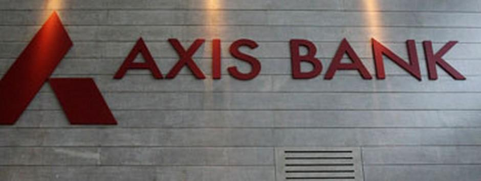 I-T dept raids Axis Bank's New Delhi branch again; finds Rs 100 cr deposited in 44 fake accounts