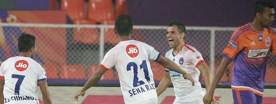 ISL 2017-18: Delhi Dynamos see off FC Pune City's late challenge to win their opening game 3-2