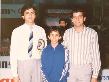 An 11-year-old Aparna Popat with Prakash Padukone (left) and Anil Pradhan. Image courtesy Aparna Popat