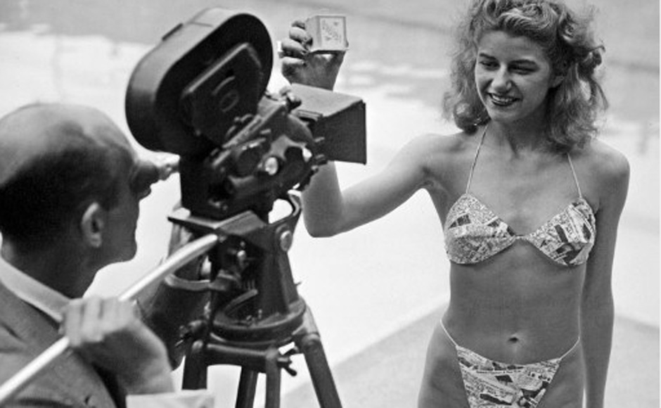 Picture taken 05 July 1946 at the Molitor pool in Paris of a candidate for a beauty contest wearing a bikini by Louis Réard. AFP