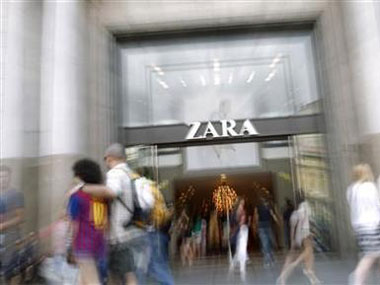 job dating inditex Shares in zara owner inditex rose by just over 3pc yesterday in madrid after the company reported a 41pc jobs jobs dating themeetingpointie mature gay deaths.