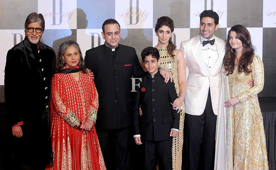 Nikhil Nanda News : La... Yash Chopra Family Photo