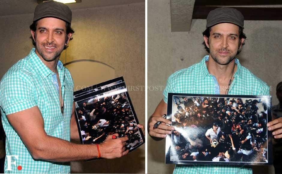 Hrithik Roshan celebrating his birthday at his residence in Juhu on Thursday. Sachin Gokhale/Firstpost