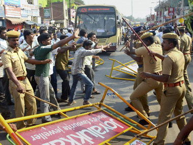 Vishwaroopam protests in Madurai. PTI.