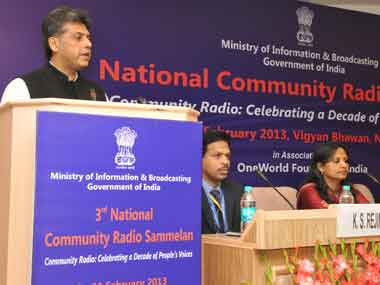 Union Minister Manish Tewari delivering the valedictory address at the 3rd National Community Radio Sammelan, in New Delhi on Monday. Image courtesy PIB