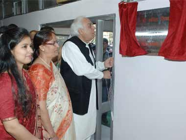 Sibal at the innauguration of the all-women post office. Image courtesy: PIB