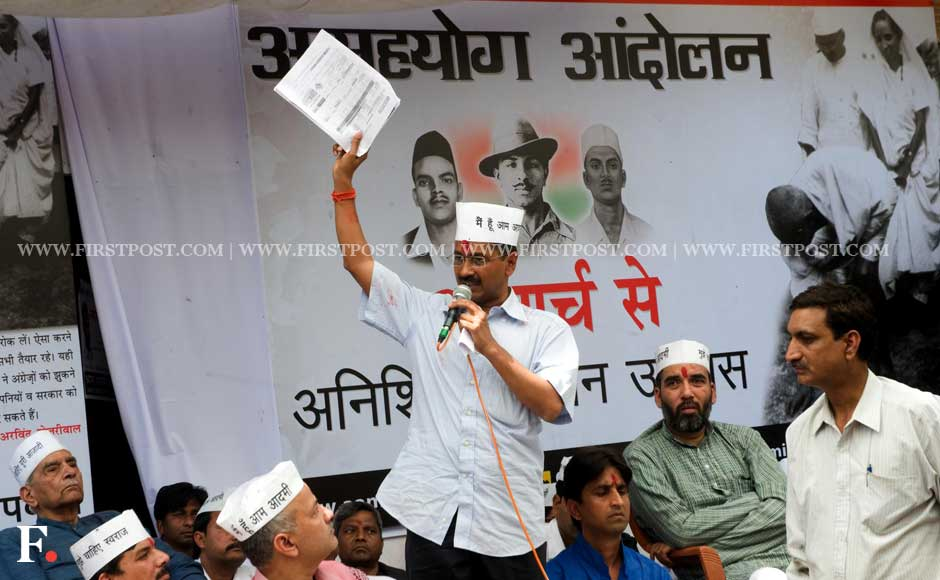 Arvind Kejriwal before beginning his indefinite fast in Sunder Nagar in New Delhi on Saturday. Naresh Sharma/ Firstpost