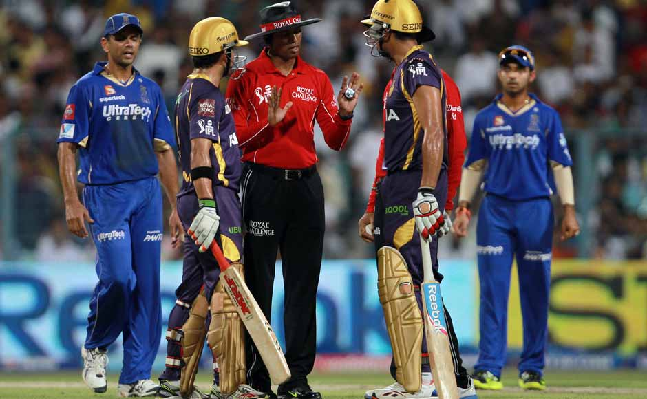 Shane Watson's glare at Bisla sparked things off, after which the batsmen said something to Dravid. Ajinkya Rahane also intercepted to calm down the situation. BCCI