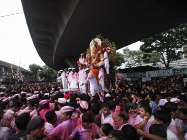 A Visarjan procession in Mumbai: Reuters