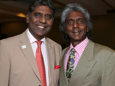 Anand Amritraj (R) with brother Vijay Amritraj. Getty Images