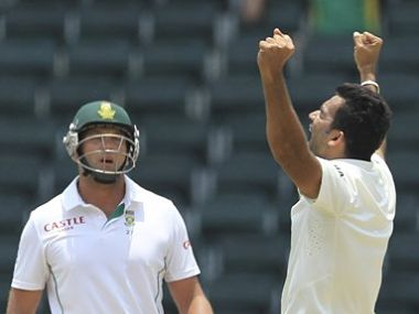 India's bowler Zaheer Khan, right, celebrates after dismissing South Africa's batsman Jacques Kallis. AP