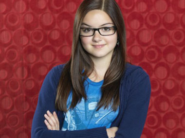 Ariel Winter plays Alex Dunphy in the hit sitcom: Official Modern Family site