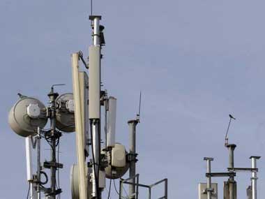 Telecom Commission sticks to 3% SUC. Reuters