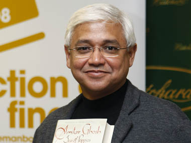 Author <b>Amitav Ghosh</b> was shortlisted for Man Booker Award in 2008 for his ... - AmitavGhosh_Reuters_380