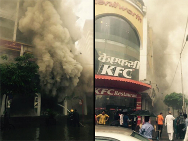 Fire at the KFC Building, Bandra. Image Credit: Twitetr