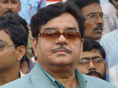 Shatrughan Sinha gave a befitting reply to Vijayvargiya's remark.