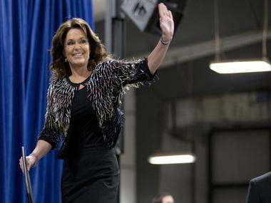 Palin endorses Trump run for White House/ AP
