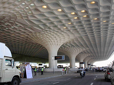 Congestion  hurting all airlines :Every 3rd Air India flight was delayed at Mumbai - Firstpost
