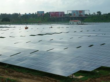 Solar Panels. Image Courtesy: Wikimedia Commons/Binu Jayakrishnan