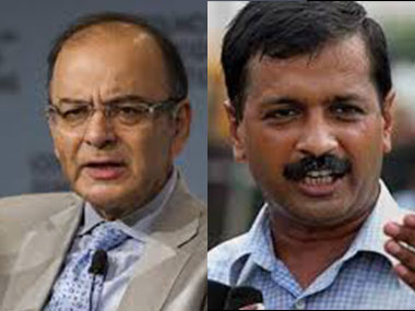 Union Finance Minister Arun Jaitley and Delhi CM Arvind Kejriwal. Image courtesy: IBNLive