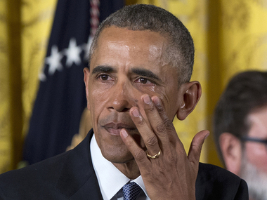 Obama is unable to hold it back while speaking of Sandy Hook victims / AP