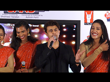 Sonu Nigam with India's first transgender band